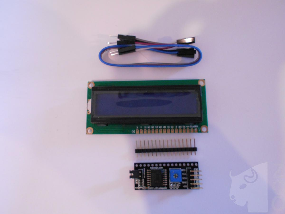 Afișaj LCD 1602 albastru cu I2C poze/LCD-display-1602-BLUE-symbols-2-rows-16-columns-with-I2C-adapter-connection-2-wire-DSCN2951.JPG